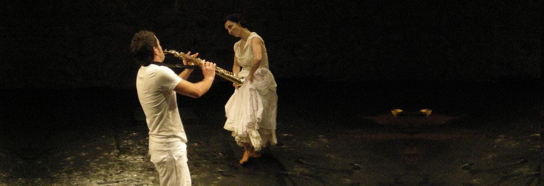 Pilar und Saxofonist 1